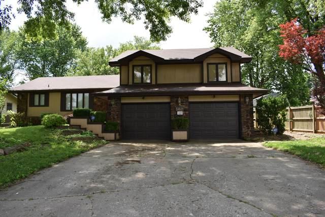 5821 S Geronimo Drive, Springfield, MO 65810 (MLS #60192721) :: Clay & Clay Real Estate Team