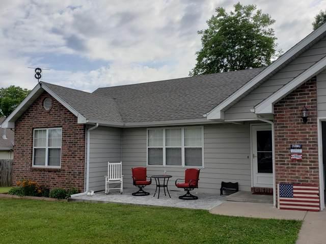758 N Olive Street, Marshfield, MO 65706 (MLS #60193183) :: Team Real Estate - Springfield