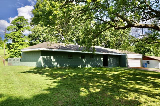 629 Stephens Drive, Neosho, MO 64850 (MLS #60193217) :: Clay & Clay Real Estate Team