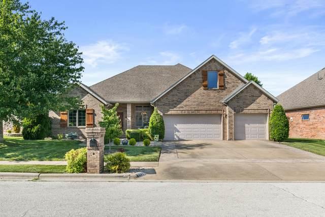 3339 E Manitoo Street, Springfield, MO 65804 (MLS #60193219) :: Clay & Clay Real Estate Team
