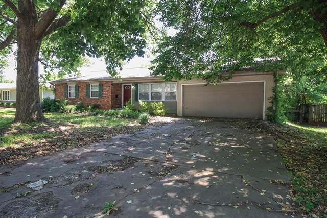 3052 S Dayton Avenue, Springfield, MO 65807 (MLS #60193227) :: Clay & Clay Real Estate Team