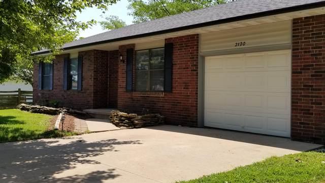 2120 E Elm Street, Republic, MO 65738 (MLS #60193236) :: Clay & Clay Real Estate Team