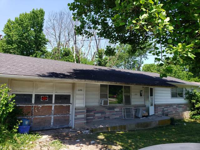123 N Olive Street, Marshfield, MO 65706 (MLS #60193311) :: Team Real Estate - Springfield