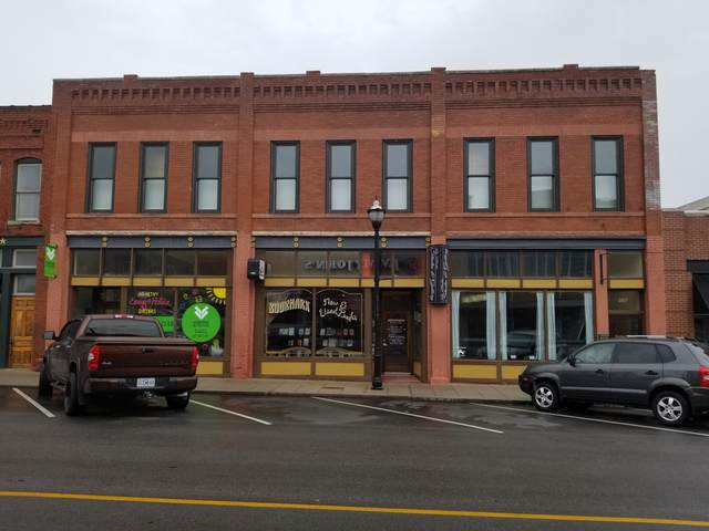 323 E Walnut Street, Springfield, MO 65806 (MLS #60193887) :: The Real Estate Riders