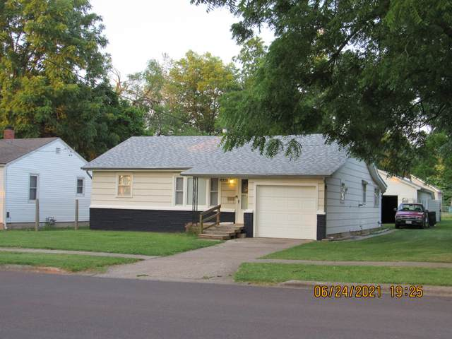 1444 N Marion Avenue, Springfield, MO 65802 (MLS #60194007) :: The Real Estate Riders