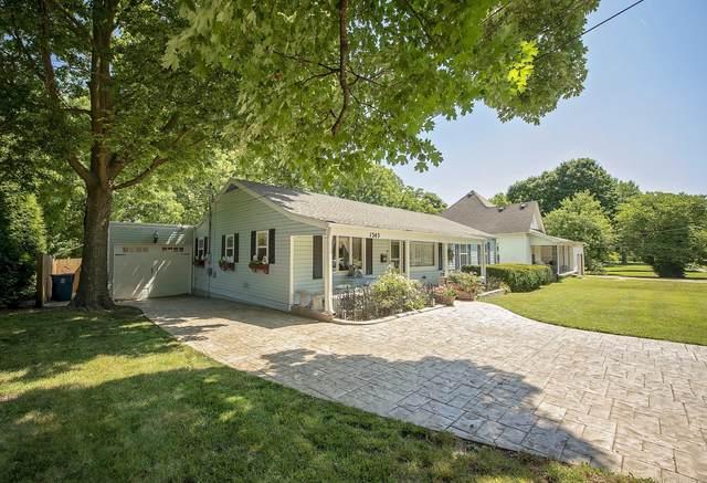 1345 E Walnut Street, Springfield, MO 65802 (MLS #60194933) :: Clay & Clay Real Estate Team