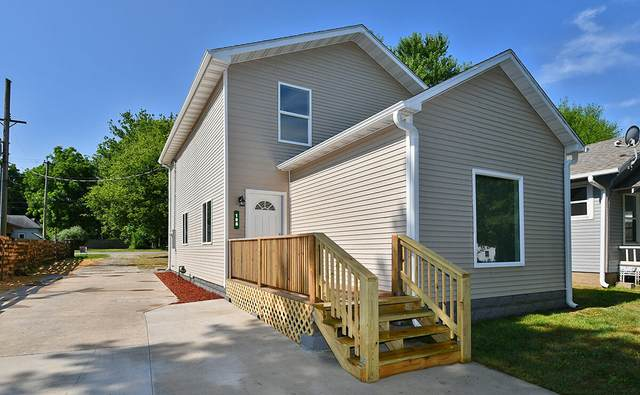 108 Jasper Street, Aurora, MO 65605 (MLS #60195461) :: United Country Real Estate