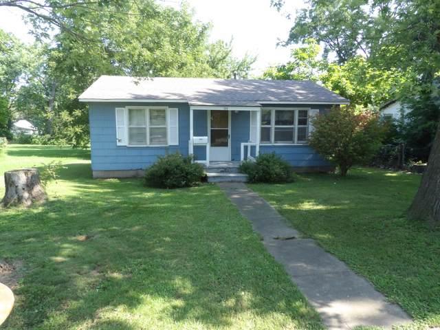 117 Cruce Street, El Dorado Springs, MO 64744 (MLS #60195550) :: Team Real Estate - Springfield