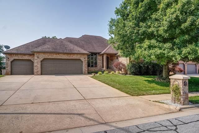 810 W Jackson Avenue, Nixa, MO 65714 (MLS #60195622) :: The Real Estate Riders