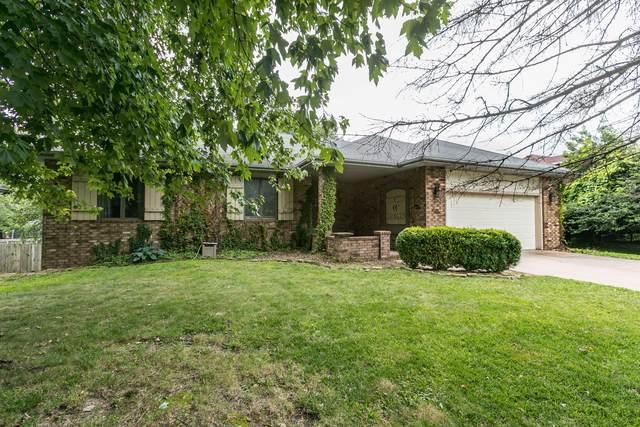 207 N Gregg Road, Nixa, MO 65714 (MLS #60195757) :: The Real Estate Riders