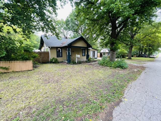 604 S Harrison Avenue, Aurora, MO 65605 (MLS #60195877) :: Team Real Estate - Springfield