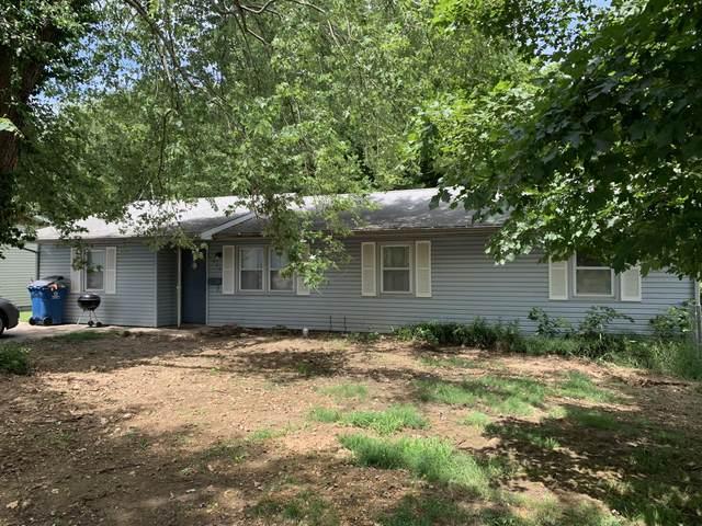924 Riverside, Neosho, MO 64850 (MLS #60195908) :: The Real Estate Riders