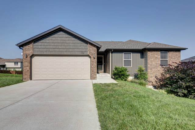 1303 S Solaira Street, Ozark, MO 65721 (MLS #60196603) :: United Country Real Estate