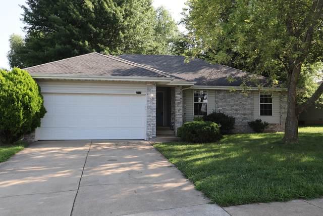 4737 W Tarkio Street, Springfield, MO 65802 (MLS #60196832) :: United Country Real Estate