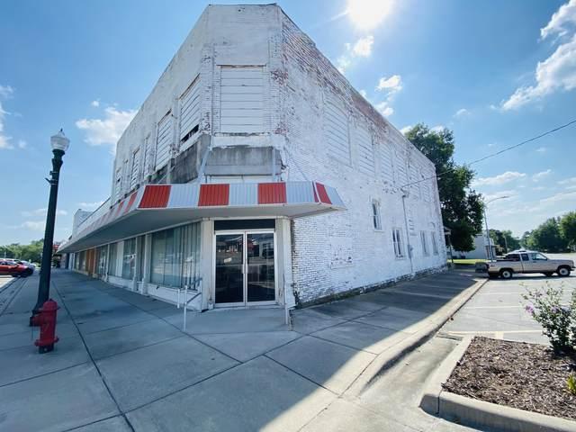 301 S Madison Avenue, Aurora, MO 65605 (MLS #60197087) :: Team Real Estate - Springfield