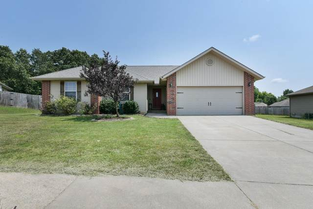 116 Spruce Avenue, Clever, MO 65631 (MLS #60197204) :: Team Real Estate - Springfield