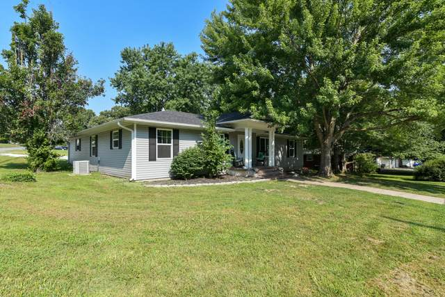 217 Jefferson Street, Mt Vernon, MO 65712 (MLS #60197226) :: The Real Estate Riders