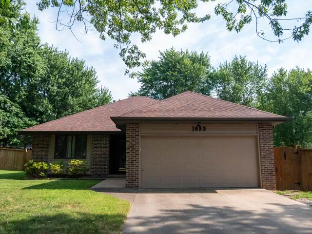 1693 S Porter Avenue, Aurora, MO 65605 (MLS #60197266) :: Sue Carter Real Estate Group