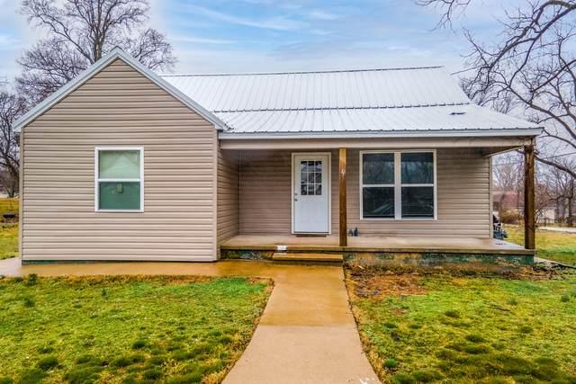 605 Lyle Street, Ava, MO 65608 (MLS #60197369) :: Team Real Estate - Springfield