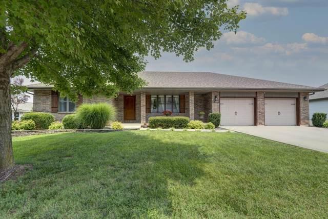 1359 E Stoneridge Drive, Springfield, MO 65803 (MLS #60197603) :: Winans - Lee Team | Keller Williams Tri-Lakes