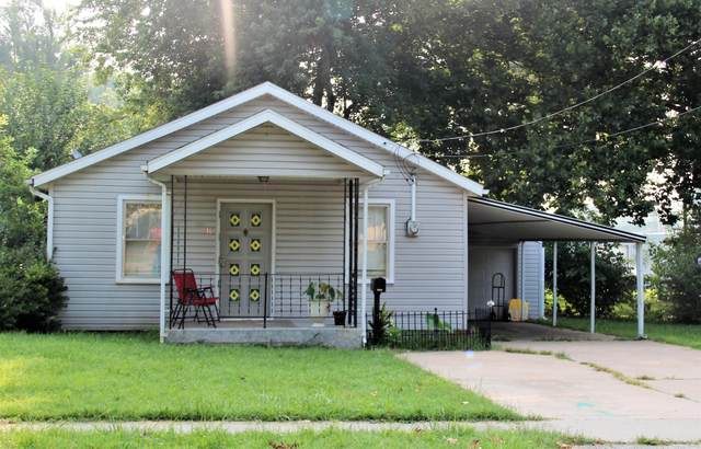 916 S Scenic Avenue, Springfield, MO 65802 (MLS #60197615) :: Winans - Lee Team | Keller Williams Tri-Lakes