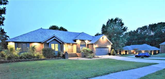 930 W Sherwood Drive, Springfield, MO 65810 (MLS #60197824) :: Tucker Real Estate Group | EXP Realty