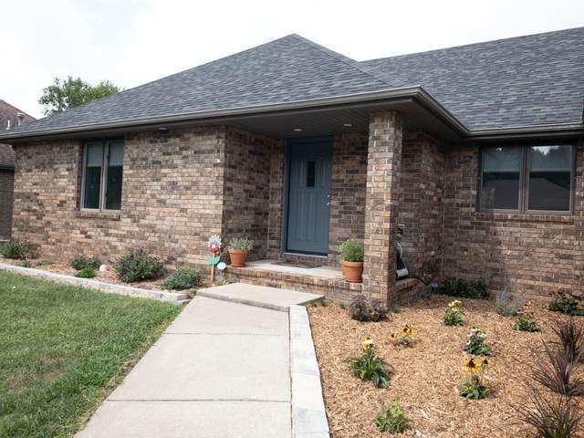 2529 S Overhill Avenue, Springfield, MO 65807 (MLS #60198891) :: Lakeland Realty, Inc.