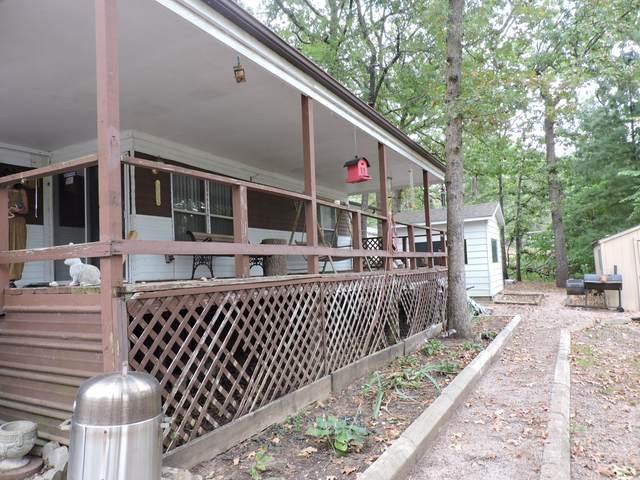 70 Silverlake Lane, Reeds Spring, MO 65737 (MLS #60199062) :: The Real Estate Riders