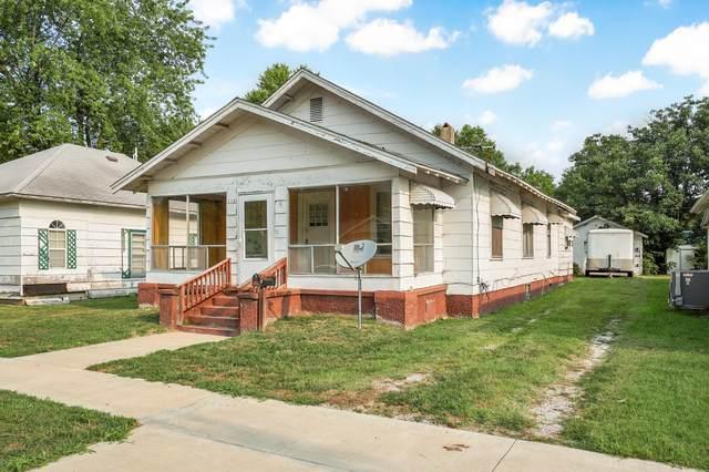 110 W Cleveland Avenue, Monett, MO 65708 (MLS #60200005) :: The Real Estate Riders