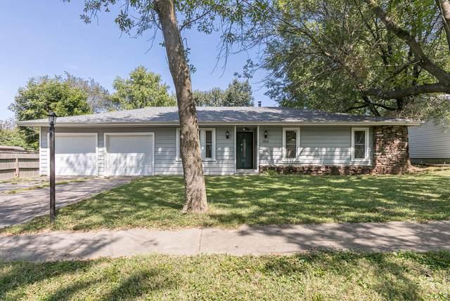 1511 W Berkeley Street, Springfield, MO 65807 (MLS #60200696) :: Lakeland Realty, Inc.