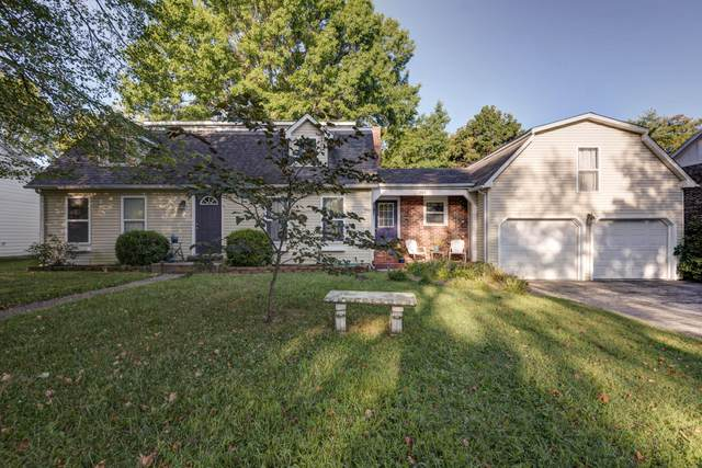 703 N 6th Avenue, Ozark, MO 65721 (MLS #60201209) :: Team Real Estate - Springfield
