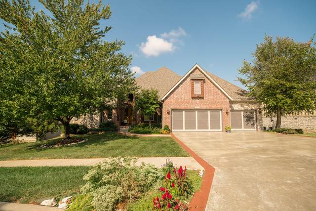 6211 S Riverbend Road, Springfield, MO 65810 (MLS #60201301) :: Sue Carter Real Estate Group