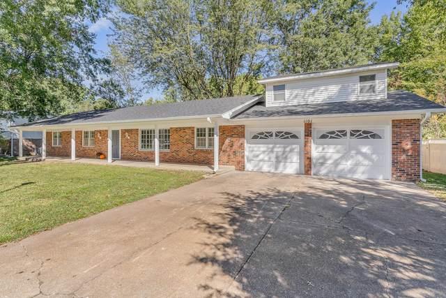 1101 Highland Terrace, Bolivar, MO 65613 (MLS #60201954) :: Winans - Lee Team | Keller Williams Tri-Lakes