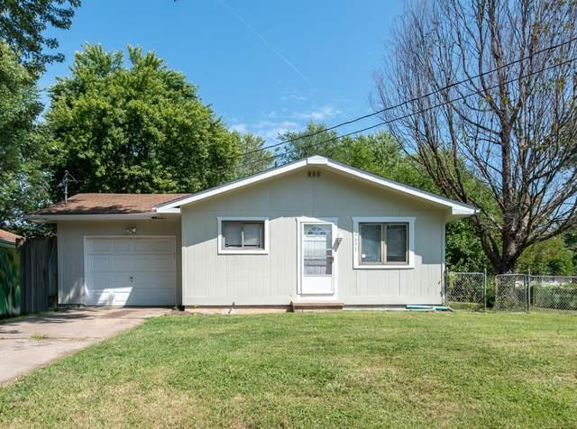 2621 E Atlantic Street, Springfield, MO 65803 (MLS #60202290) :: Sue Carter Real Estate Group