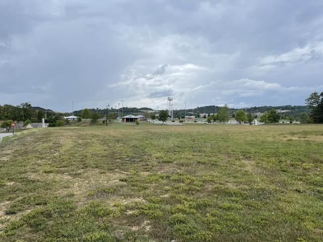 000 Pinehurst Drive, Branson, MO 65616 (MLS #60202427) :: Sue Carter Real Estate Group
