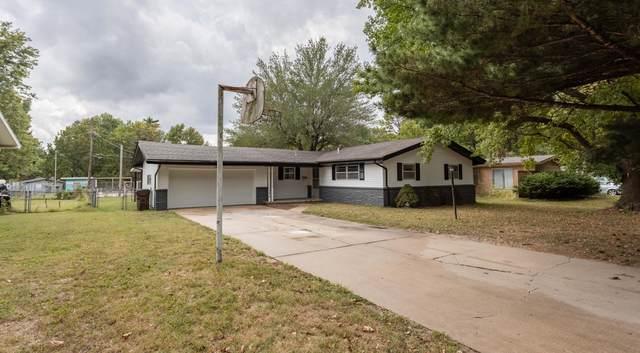 3254 E Seminole Street, Springfield, MO 65804 (MLS #60202488) :: Sue Carter Real Estate Group