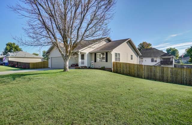 524 N Cedarwood Avenue, Republic, MO 65738 (MLS #60202637) :: The Real Estate Riders