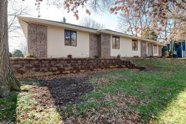 2014 E Holiday Street, Springfield, MO 65804 (MLS #60202703) :: Sue Carter Real Estate Group