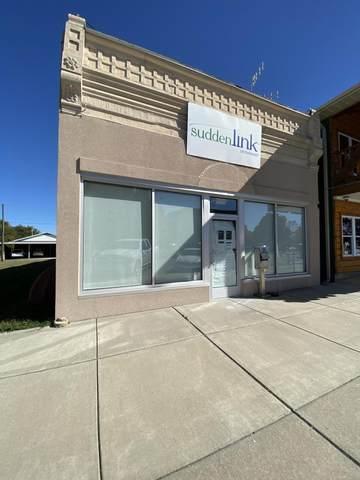 304 S Madison Avenue, Aurora, MO 65605 (MLS #60202943) :: Clay & Clay Real Estate Team