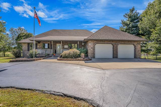 726 Division Street, Sparta, MO 65753 (MLS #60203296) :: Clay & Clay Real Estate Team