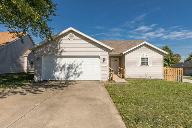 801 W Butterfield Drive, Nixa, MO 65714 (MLS #60203348) :: Sue Carter Real Estate Group