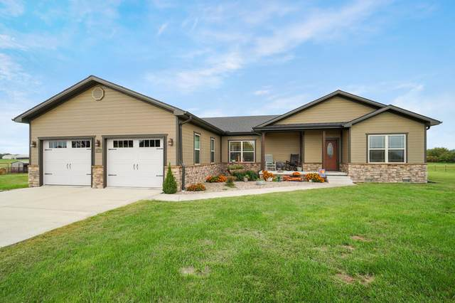 146 Guernsey Drive, Billings, MO 65610 (MLS #60203403) :: Clay & Clay Real Estate Team