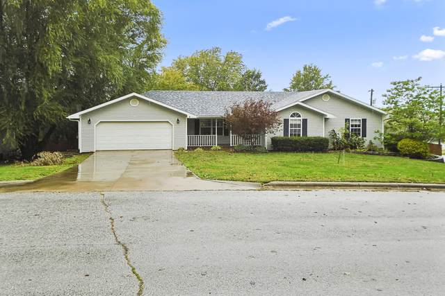 541 N Dill Street, Marshfield, MO 65706 (MLS #60203453) :: Sue Carter Real Estate Group