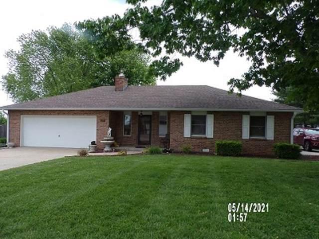 1824 Hedgewood Drive, Bolivar, MO 65613 (MLS #60203746) :: Team Real Estate - Springfield