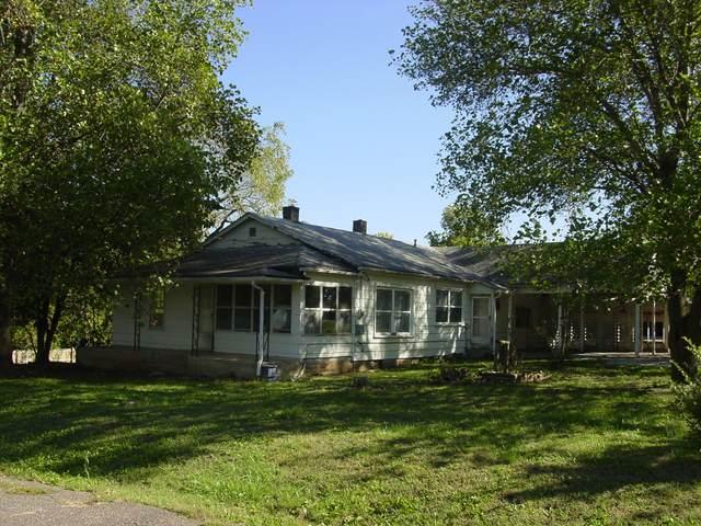 203 N Hickory, Monett, MO 65708 (MLS #60203857) :: Winans - Lee Team   Keller Williams Tri-Lakes