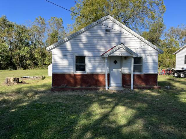 806 Valley Avenue, Ava, MO 65608 (MLS #60203886) :: The Real Estate Riders