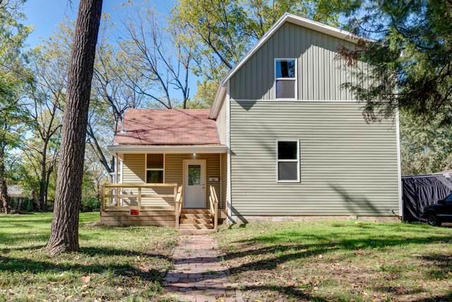 1911 N Benton Avenue, Springfield, MO 65803 (MLS #60203894) :: Evan's Group LLC