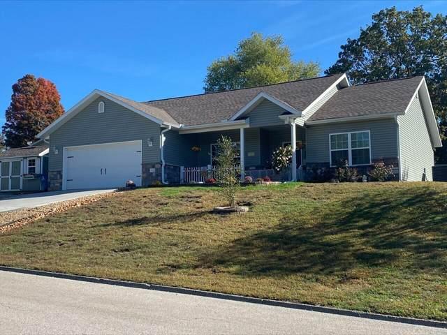 1624 Kingsbury Lane, Neosho, MO 64850 (MLS #60203914) :: Team Real Estate - Springfield