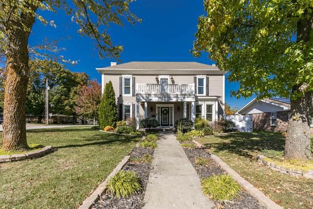 327 E Olive, Bolivar, MO 65613 (MLS #60203972) :: Team Real Estate - Springfield