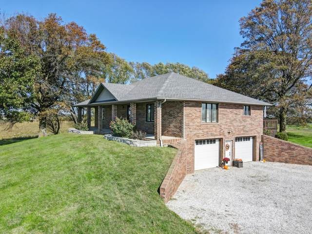 125 Capetti B Drive, Crane, MO 65633 (MLS #60204035) :: Sue Carter Real Estate Group